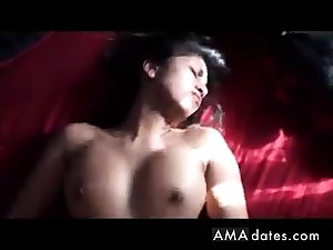 Hot Indian girl rides throe gets it on her back!
