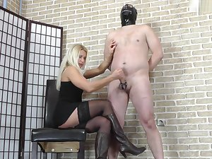 Bondaged Balls Milking (2)