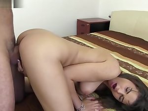 Chintia Doll likes set the world on fire hard fuck