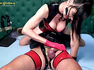 Sexy Carmen Rivera wants to punish her lover close to BDSM sex game