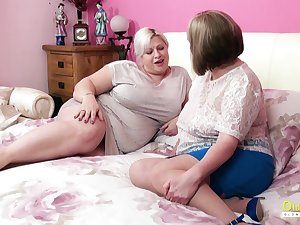 Amazingly sensual grown up BBW seduces her friend into having sex with her