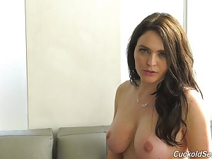 Sexy go-go lady Krissy Lynn with the addition of her horny interview to enjoy