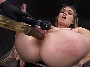 Super flexible grumble Katie Kush gets legs branch off added to pussy teased