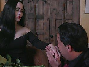 Dressed like Morticia Addams Kate Bloo enjoys some sensual cuni