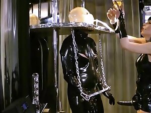 Medial MILF in scenes be required of full latex femdom