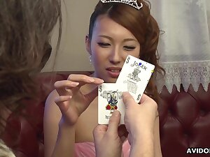 Dude shows her a few card tricks and she is already dripping wet