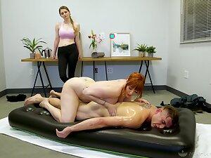Prototype nuru massage off out of one's mind curvaceous cougar masseuse Lauren Phillips