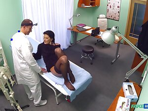 Hospital sex for a sensual chick and her falsify