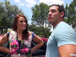 Dating site links horn-mad MILF Ryan Hart to the fuck of will not hear of bounce